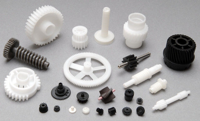 Different Kinds Of Gears From Plastic Gear Moulding In White Or Black